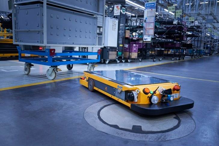 Smart Transport Robot at BMW Group Plant Regensburg.