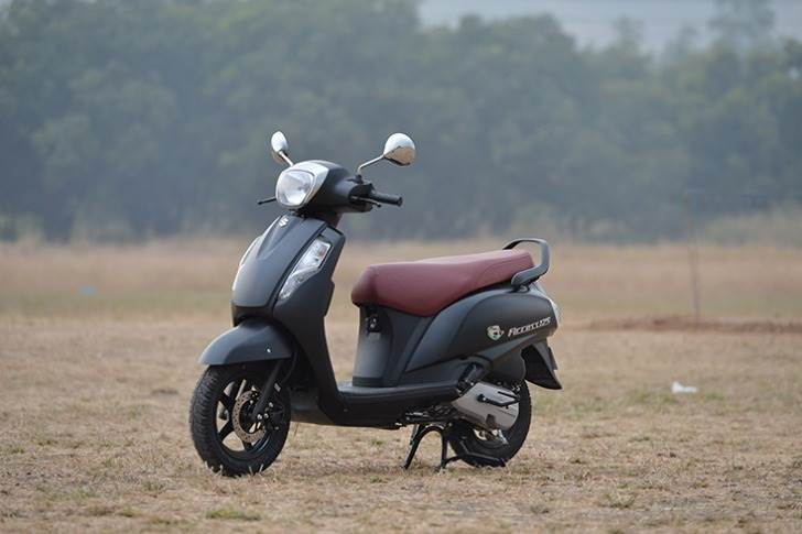 By delivering 63 kilometres to the petrol litre, the Suzuki Access is the kpl king of 125cc scooters. The 8.7hp / 10.2Nm, 124cc single-cylinder engine gives it a good balance between power and practicality.