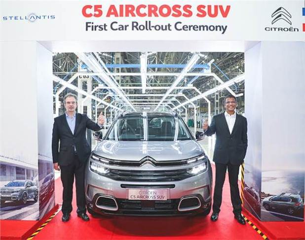 First assembled-in-India C5 Aircross rolled out of Thiruvallur plant on January 28, 2021. L-R: Eric Apode, Senior VP, Stellantis and Raj Kalyanarajan, Senior Director (Manufacturing), PCA Auto India.