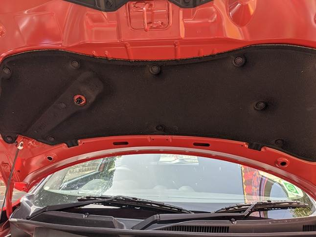 Swift retains its under-hood sound deadening material to absorb any excessive noise from the motor.