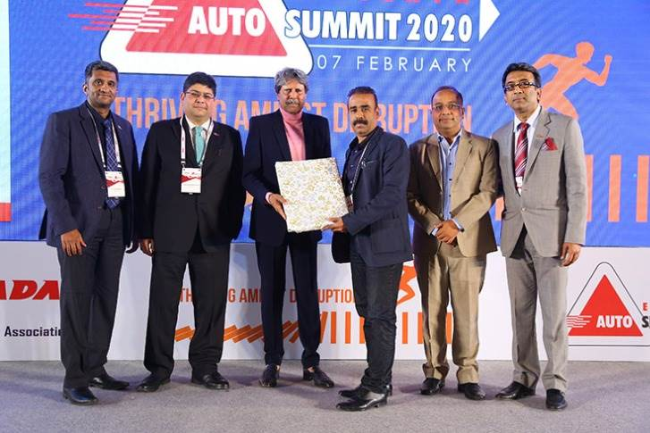 FADA Special Recognition Award: Medium & Heavy Commercial Vehicles  Mayank Equipments