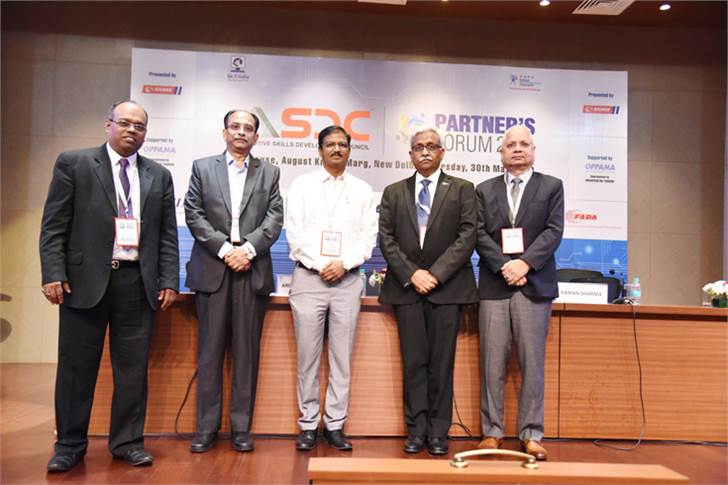 L-R: Arindam Lahiri, CEO, ASDC; Vishnu Mathur; director general, SIAM; A K Tomer, ED, Corporate Planning, Maruti Suzuki; Nikunj Sanghi, chairman, ASDC and Raman Sharma, VP, Honda Cars India.