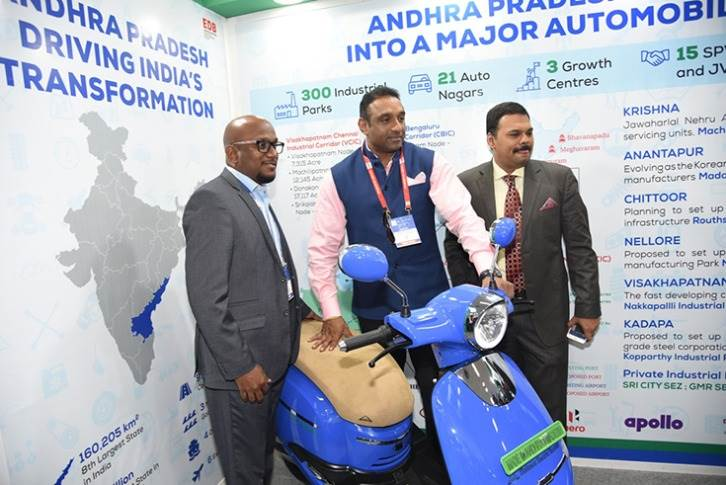 Andhra Pradesh Industries Minister Mekapati Goutham Reddy (centre) at the Auto Expo this year. He is flanked by Subramanyam Javvadi, CEO of the Andhra Pradesh Economic Development Board and Director, Industries & Commerce Department (to his left), and Dr Ramana Ave, founder and CEO of Avera Electric Vehicles.