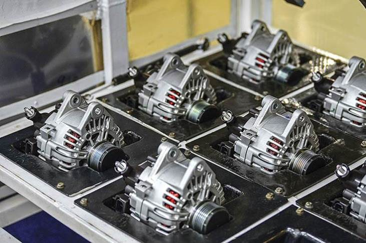 Hyundai develops and manufactures the AMT gearboxes in-house.