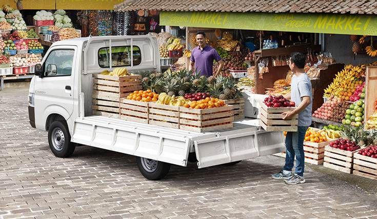 New Suzuki Carry can transport more cargo with a maximum capacity of 1 tonne, the wider 'tub' can accommodate more items and can be opened from three sides.