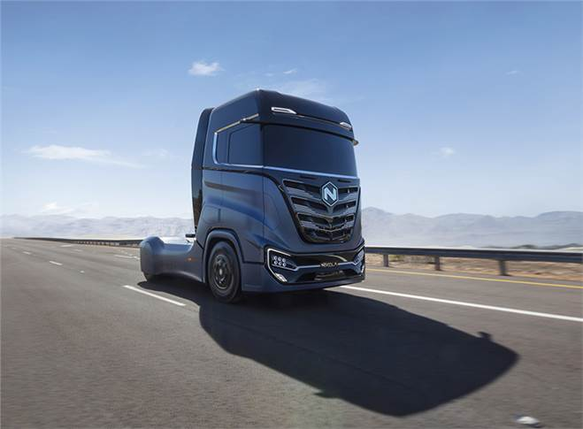 With a range between 500 and 750 miles (800 to 1200 kilometres) depending upon load.