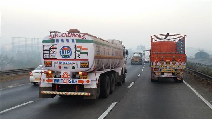 It is estimated that 700,000 trucks, buses and taxis (0.3% of vehicle parc) older than December 2000 contribute to 15-20% of the vehicular pollution.