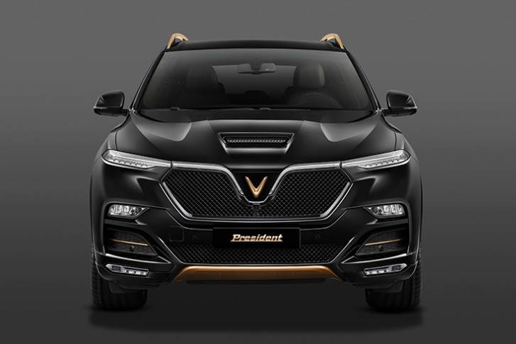 The SUV is priced at 3.8 billion VND (~ 164K US$ / Rs 1.21 crore) for the first 100 customers, and 4.6 billion VND (~198K US$ / Rs 1.46 crore) for the next 400 buyers.