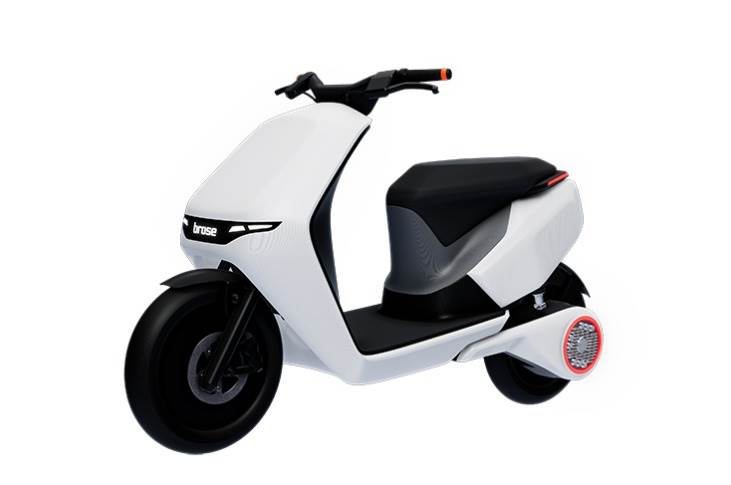 Brose is to showcase its new drive concepts – motor with power electronics on the rear wheel, vehicle control unit on the handlebars for electric scooters – at the IAA Mobility in Munich in September