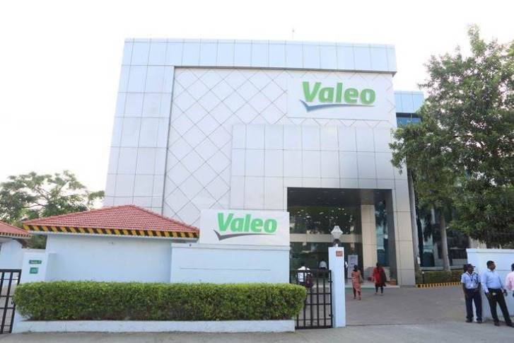 Valeo has 59 R&D centres worldwide including India and around 20,000 R&D engineers. The India R&D centre in Navalur, Chennai houses the test labs of Valeo's hardware, mechanical and India business R&D