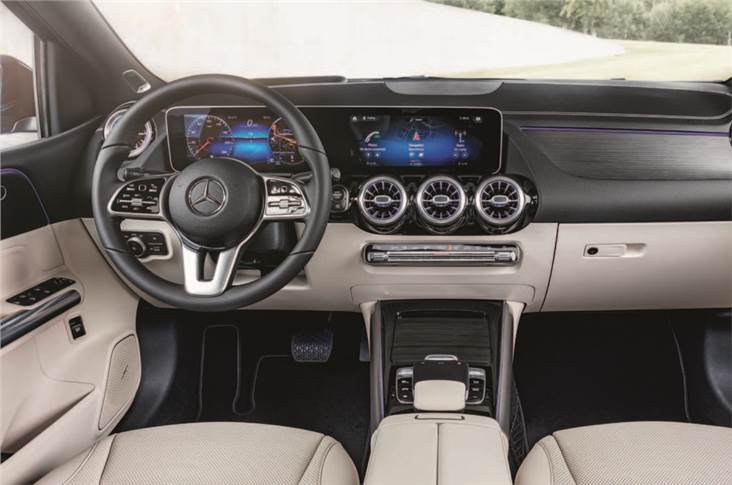 Cockpit draws heavily on the new A-Class's