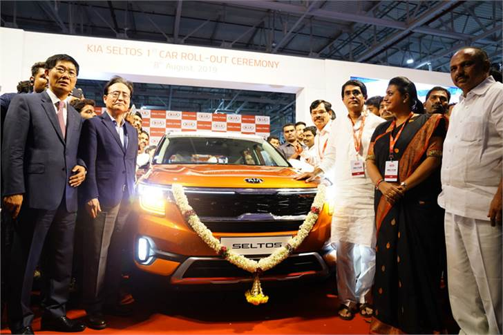 Ambassador of South Korea to India, Shin Bong-kil and Kookhyun Shim, MD & CEO of Kia Motors India at the rollout of the the first Seltos at the Anantapur Plant.