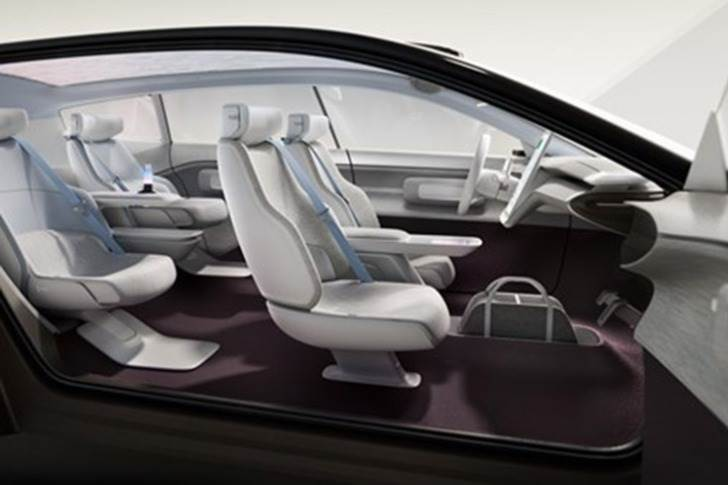 Designers have repositioned the seats, optimised the roof profile and lowered the hood of the Concept Recharge.