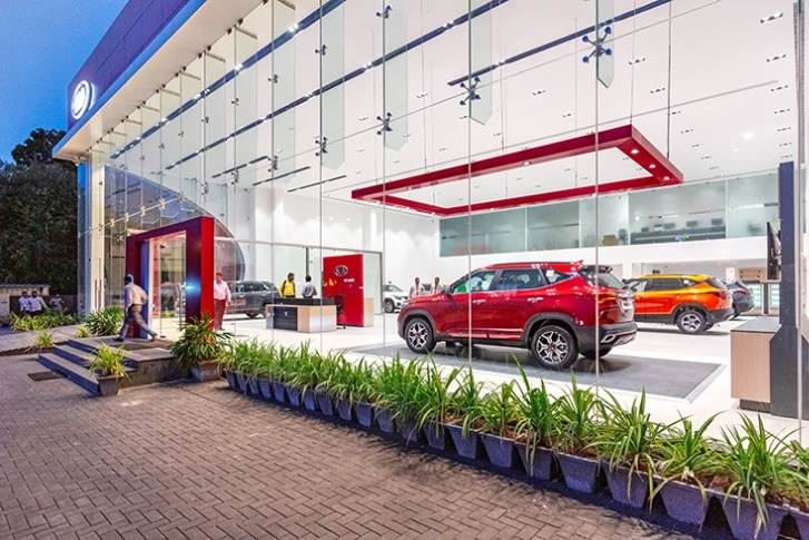 Kia Motors India, which has 265 customer touch-points, in 160 cities across India, is averaging monthly sales of nearly 11,000 units and has a 14% UV market share.