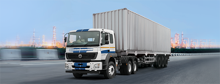 The BharatBenz 5528TT truck is powered by the 7.2-litre, OM900 series six-cylinder engine, which has a localisation level of 80 percent in India and will power an entire range of heavy-duty trucks.