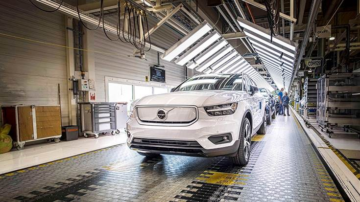 Production of the Volvo XC40 Recharge has begun at the plant in Ghent, Belgium.