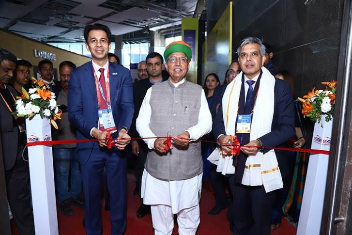(L-R) Deepak Jain, President, ACMA; Arjun Ram Meghwal, Union Minister of State, Heavy Industries & Public Enterprises and Parliamentary Affairs, and Vinnie Mehta, Director General, ACMA.