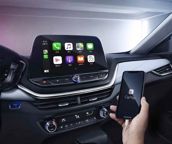 The Chevrolet Menlo features the new-generation MyLink+ infotainment system with OnStar.