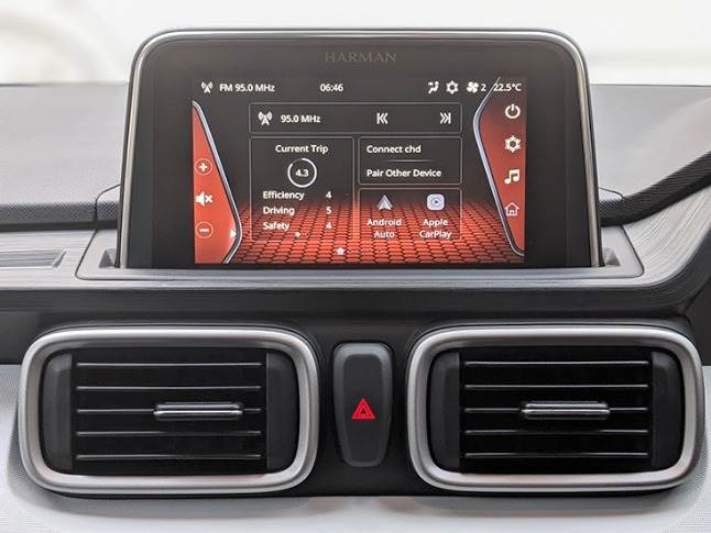 7-inch Harman touchscreen paired with six speakers offers punchy sound quality for the segment.