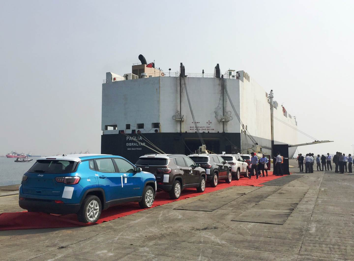 first-batch-of-the-jeep-compass-at-bombay-port-trust-ready-to-be-shipped-to-japan-and-australia-1
