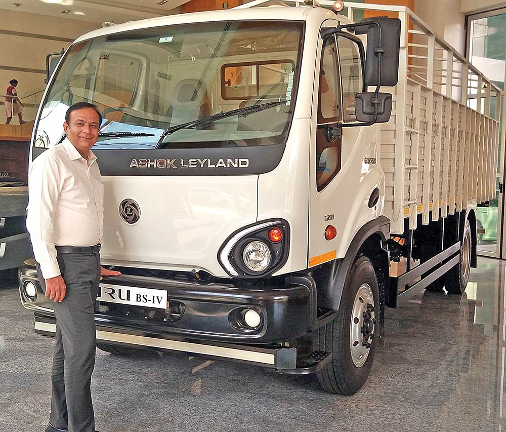 anuj-kathuria-president-global-trucks-1
