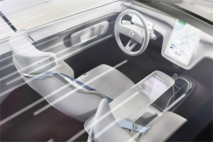 In the Concept Recharge, the designers have been able to evolve the car