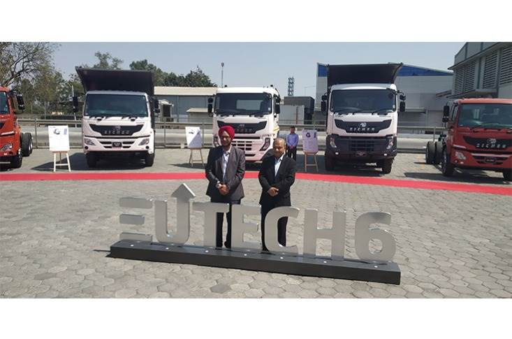 L-R: Rajinder Singh Sachdeva, Chief Operating Officer, VE Commercial Vehicles, and Vinod Aggarwal, MD and CEO, VECV.