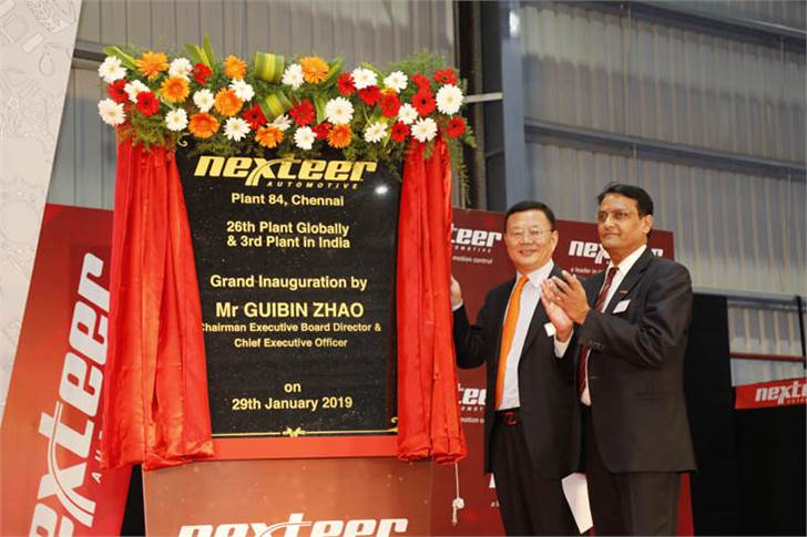 Guibin Zhao, chairman, Nexteer Automotive and Madhav Kulkarni, MD, Nexteer India, inaugurate the Chennai plant.