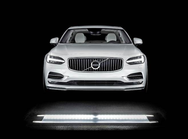 Volvo Cars is to deploy UVeye