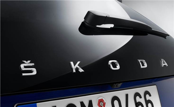 The Scala will be the first Skoda production model in Europe to bear the Skoda lettering in the middle of the tailgate instead of the Skoda logo.