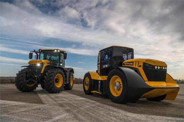 JCB offers two base ranges of the Fastrac tractor, the 4000 and 8000