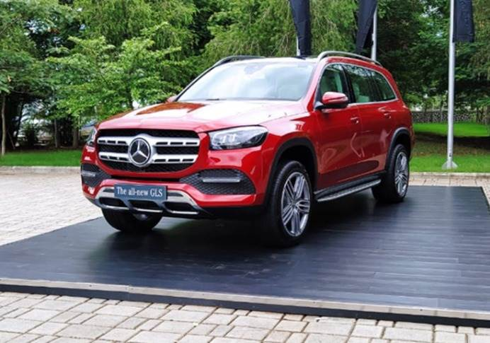 The new GLS is based on Mercedes