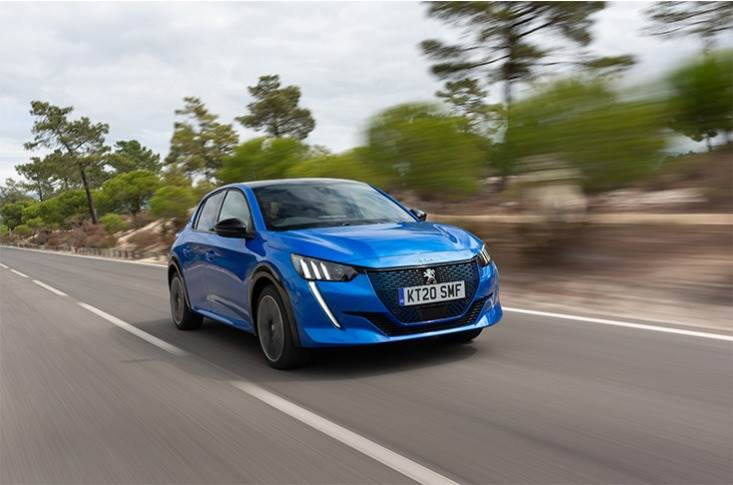 Joint programs between the all-new Peugeot 208 and Peugeot 2008 SUV have led to the shared use of recycled and natural materials in these vehicles.