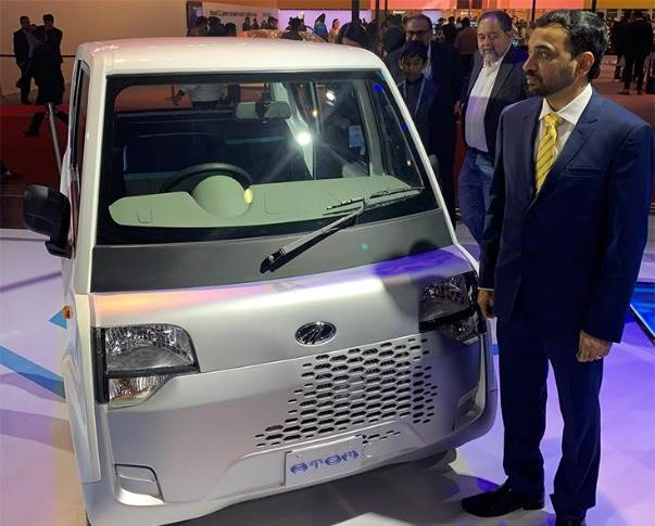 Mahindra Electric CEO Mahesh Babu with the Atom last-mile mobility solution.