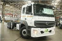 Milestone 1,000th BS ruck is a 3523R model, bound for one of the 235 BharatBenz touch-points in India.