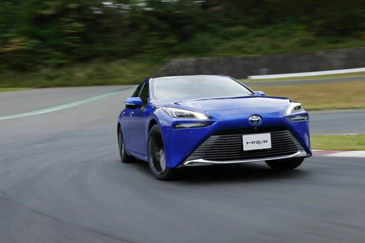 This is the second generation of Toyota's ground-breaking, zero emission hydrogen fuel cell electric sedan.