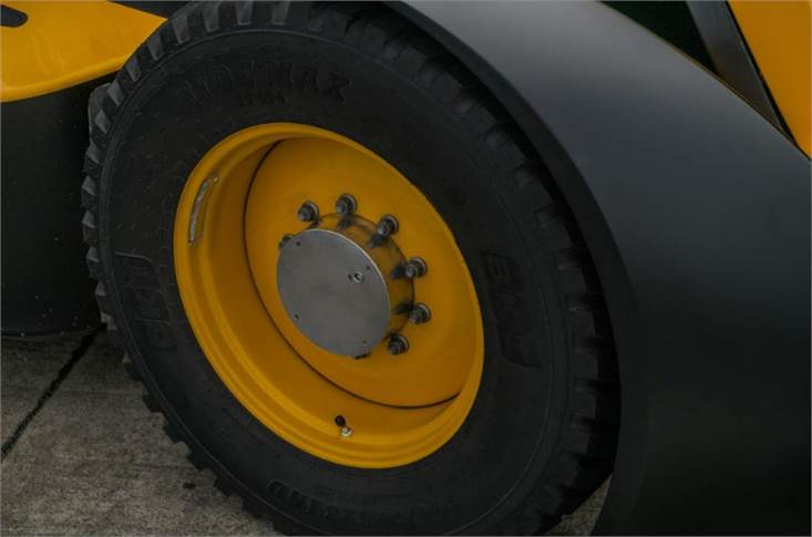 GKN makes tractor wheels for JCB but a regular Fastrac usually uses bigger ones than this. These are machined and welded to far tighter tolerance than normal tractor wheels and the tyres need balance weights, too. Imagine the steering wheel shake otherwise.