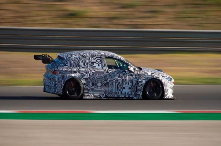 The Leon Competicion will be the first touring car to be available for online ordering. It has a 2.0-litre turbocharged petrol engine with 335bhp, allowing for a 162mph top speed.