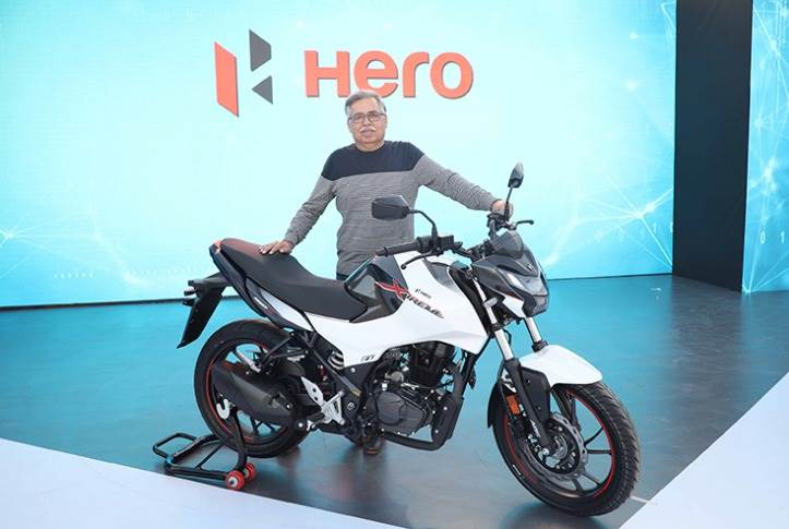 Dr Pawan Munjal, Chairman, Hero MotoCorp, unveiled the Xtreme 160R at the Hero World 2020 event at the company's R&D hub – the Centre of Innovation and Technology in Jaipur – in February.