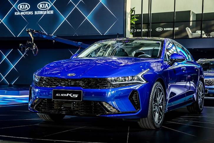 Dongfeng Yueda Kia Motors (DYK) has kicked off a new era for the brand with the Chinese-market debut of the new Kia K5 and Kia Carnival at Auto China 2020 in Beijing.