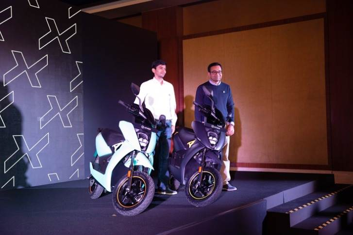 Tarun Mehta and Swapnil Jain, co-founders of Ather Energy, with the new Ather 450X.
