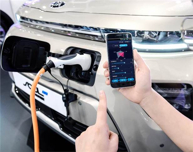 Smartphone-EV pairing-based performance adjustment technology allows users to customise primary functions through a smartphone application.