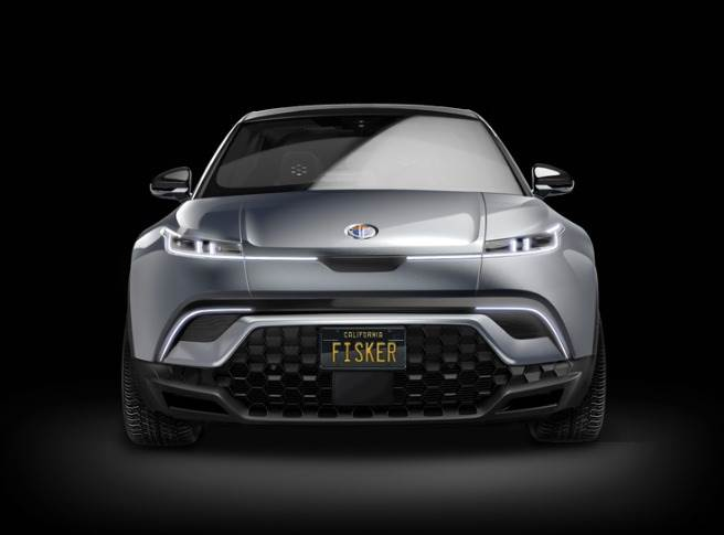 The Fisker Ocean SUV is equipped with a state-of-the-art battery – with 80 kWh capacity and a range of up to 300 miles / 480 kilometres.