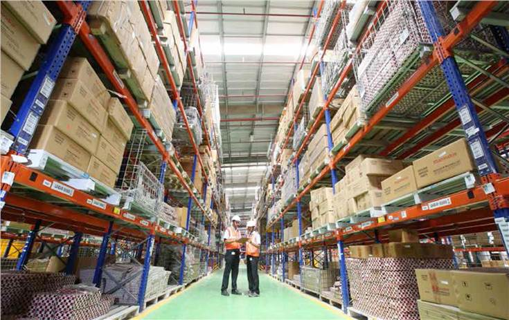 The new  warehouse in Kanhe, near Pune, is spread across 500,000 square feet and reaching up to 15 metres in height. It will have 1,800  Very Narrow Aisles to optimise space.