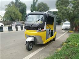 Erick is designed and manufactured by Adarin Engineering Technologies following merger with Singapore's Shado Group. Proprietary ultra-capacitor battery is able to to charge in 5 minutes; 70km range.