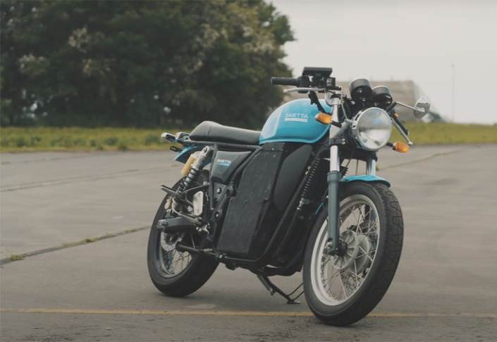 Saietta has tested the high-power 52 volt, AFT 140 motor in the Royal Enfield Continental GT, which, it says, is a perfect fit for this innovative electric drivetrain.