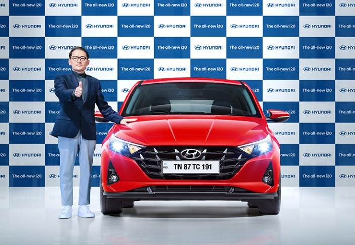 S S Kim, MD and CEO, Hyundai Motor India with the new third-generation i20.