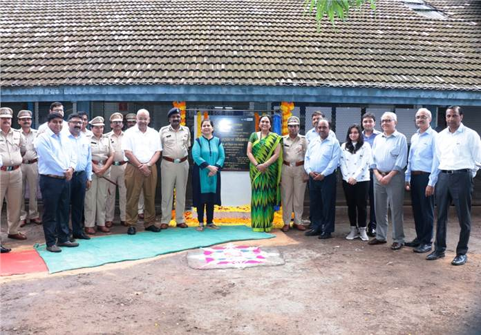 Unveiling of stone at Yerwada Central Prison, Pune.