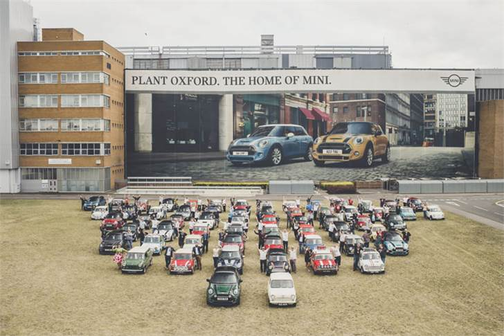To celebrate 60 years, Mini brought together one car from each year of production, led by 621 AOK – the very first Mini built – with the 10 millionth Mini bringing up the rear.
