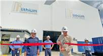 Plant Manager Bruce Seitz cutting the ribbon at the LiSTR Plant in El Dorado, Arkansas.